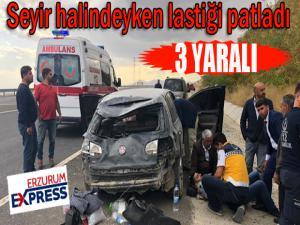 Seyir halindeyken lastiği patlayan araç kaza yaptı: 3 yaralı